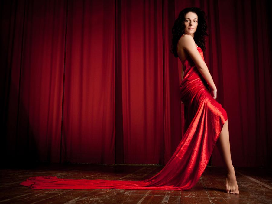 Federica Brugiati, Ballerina Professionista